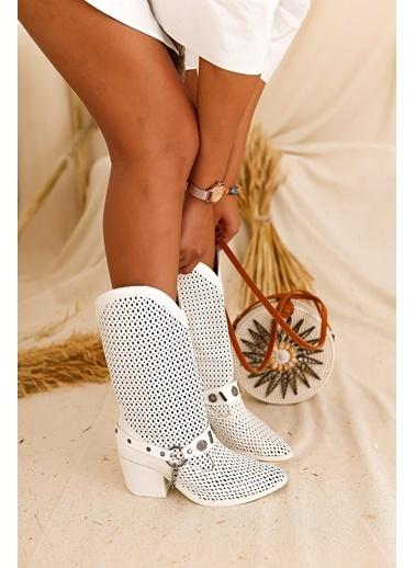 Limoya L Beyaz Lazerli  Yazlık Kısa Çizme Beyaz